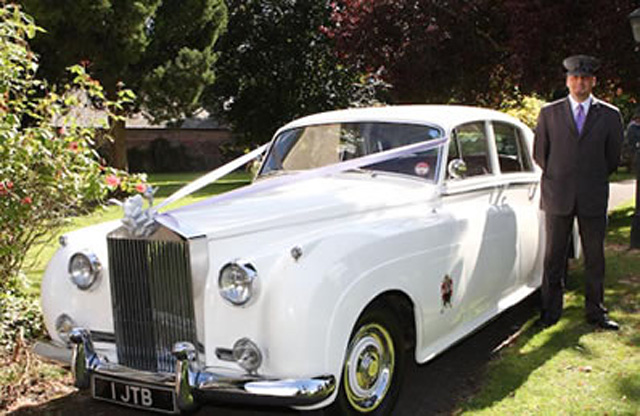 Rolls Royce Silver Cloud bride's car