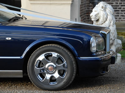 bentley arnage in blue for your something blue wedding tradition